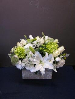 Ann\'s Flowers White Serene Green