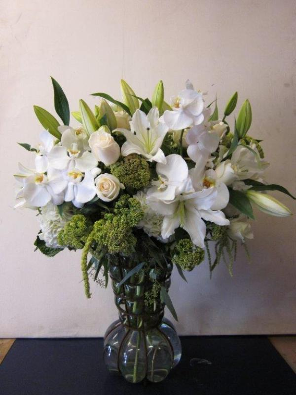 Ann\'s Flowers White Purity
